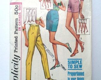 Vintage Women's Sewing Pattern 60's Simplicity 5973, Shorts, Jamaica Shorts, Slacks (M)