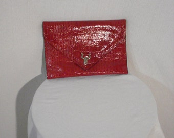 Red Faux Alligator Clutch Bag Purse Vintage Glam Accessory