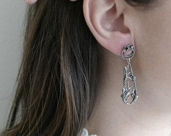 Flourishing Teardrop Silver Earrings / AMARANTA Collection