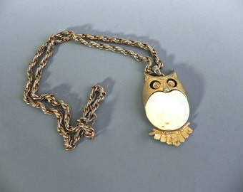 Vintage Pendant Owl, Horned Owl Necklace , Caviness