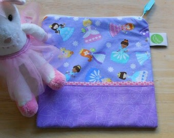 "Reusable Sandwich / Snack Bag - 7.5"" x 7.5""- Certified Food Safe PUL lined, Zippered, Machine Washable, Princess motif"