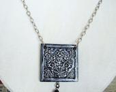 BLACK Victorian Romantic Dangling Damask Pendant Necklace