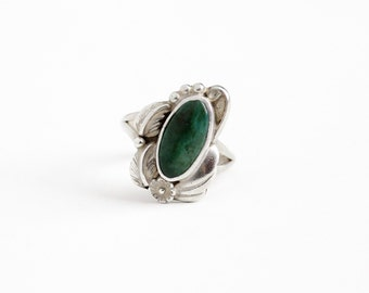 Vintage Sterling Silver Green Turquoise Ring- Size 8 Retro 1960s Native American Tribal Southwestern Flower Leaf Nature Jewelry