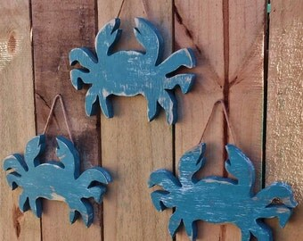Set Of 3 Beach-y Crabs Wall Hangings, Weathered Style Wood Decor