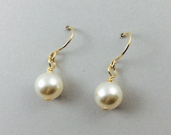 Pearl Earrings Bridesmaids Gifts Bridal Pearl Drop Earrings In Gold With Cream Swarovski Pearls