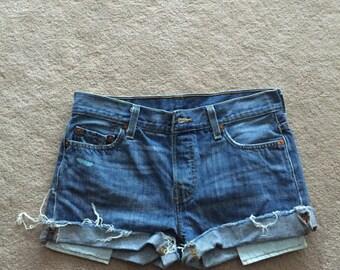 Levis 501 Cut off Shorts