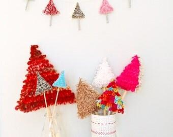 Fun Festive Tree  - Crochet Pattern - pdf instant download