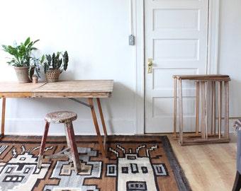 vintage southwest area rug, 8' x 6.5'