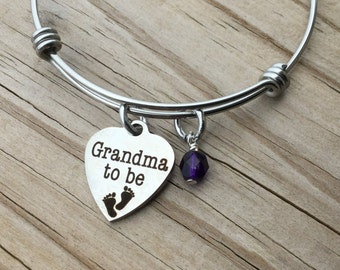 "Grandma Charm Bracelet- ""Grandma to Be"" laser etched charm with an accent bead in your choice of colors"