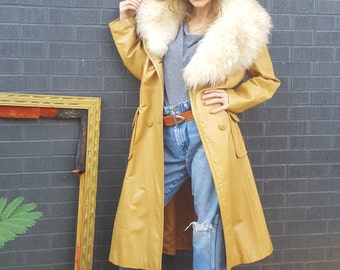 mustard yellow leather coat with detachable dramatic faux fur collar 1970s groovy retro trench coat jacket walking coat small medium hip