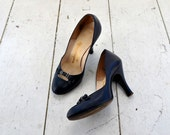1950s Mademoiselle Navy Leather Baby Doll Heels, Size 6B