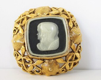 Cameo Pin Brooch Roman Soldier Vintage Cameo Pin Brooch Gold Tone