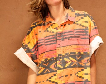 SOUTHWEST 90s bright SLOUCHY ikat style TRIBAL pattern womens shirt
