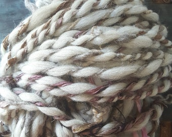 Pretty Curly Yarn Natural White Grey Purple Brown Handspun thick n thin Wool soft knitting supplies Wool Mixed crochet supplies fiber arts