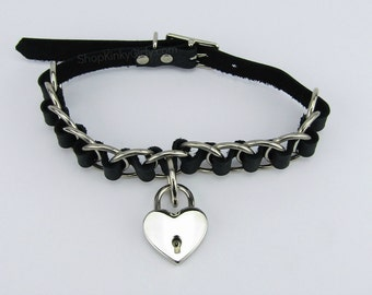 Leona heart lock collar