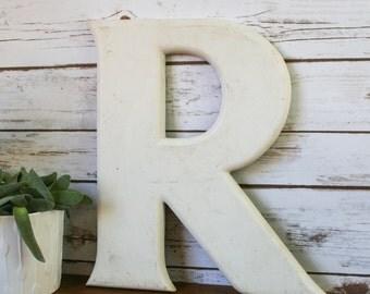 Original Vintage shop letter R, Cement
