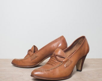 7 1/2 | Women's Tall Heel Leather Shoes 1970's Bohemian Styled Fashion Heels