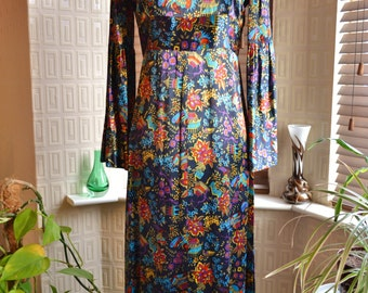 Vintage 1960s maxi dress psychedelic oriental lotus pagoda print Chinese style made in England