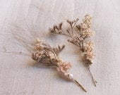 Floral Poetry Hair Clip, Creamy Tone