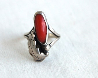 Red Coral Ring Size 3.5  Southwestern Vintage Midi Ring Navajo Native American Jewelry Long Ring Sterling Silver