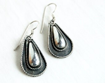 Sterling Silver Drop Earrings Mexican Dome Dangles Vintage Cuernavaca Mexico Dangle Earrings