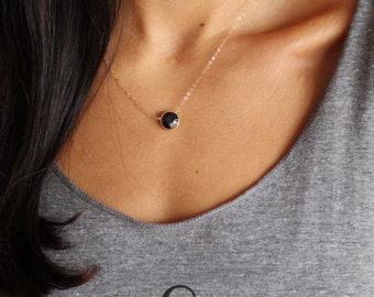 Black Onyx Gemstone Necklace in Gold