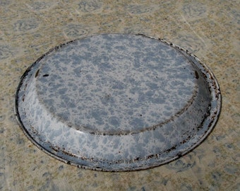 "Vintage White and Light Grey Spatterware Speckled Graniteware Pie Plate Pan 9-3/4"""