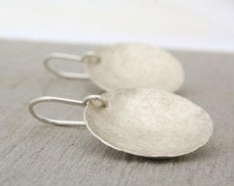 Sterling Silver Disc Earrings, Round Silver Earrings, Circle Sterling Earrings, Circle Earrings, Round Earrings, Silver Dangles : SciDlHDcv