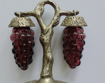 Vintage Grape Salt and Pepper Shakers 1950s