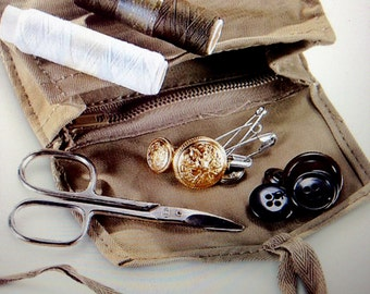 Sewing Kit / Vintage Military Never Issued Mending Kit