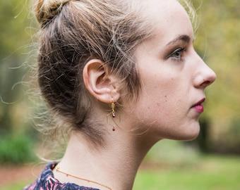 Minimalist hexagon earrings,  burgundy dainty earrings with hexagon shape, geometric earrings, delicate burgundy earrings