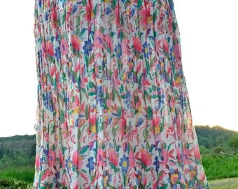 Vintage Indian Gauze Skirt - Free Size - Lightweight - Perfect for Summer - Tropical Floral Print