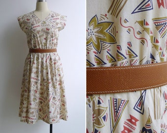 Vintage 80's 'Artful Drawings' Abstract Cream Cotton Day Dress XS or S