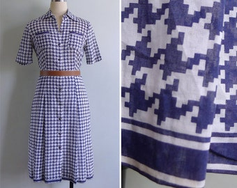 Vintage 80's Classic Houndstooth Print Collared Shirt Dress XS or S