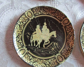 Vntg Set of 10 Medieval Coasters