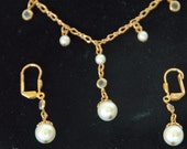 Collectible PEARL & CRYSTAL NECKLACE '1928 Jewelry Company', Matching Earrings, Ca 1970s Demi Parure, Exc Like New Condition. Free Shipping