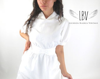 70s Vintage Collared White Nurse Mini with Pockets