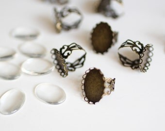 10 Filigree Rings- 26x22mm - Holds 25x18mm - Antique Bronze Scallop - Ships IMMEDIATELY from California - A486a
