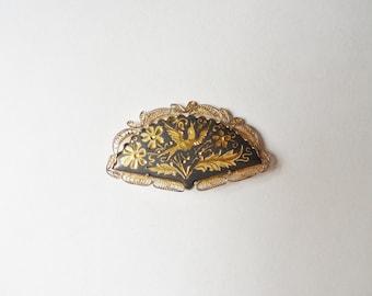 Spanish Damascene Hand Fan Brooch with Gold Filigree, Black and Gold Peace Dove Damascene Fan Pin