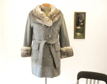 1950s - 1960s Ladies Fur Collar Coat Vintage Womens Double Breasted Gray Wool and Fur Winter Long Dress Coat Belted