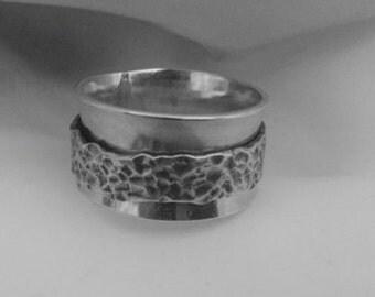 Unisex Spinner Ring