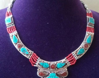 Gorgeous Bohemian Nepalese Turquoise Coral and Red Seed Beads Silver Necklace