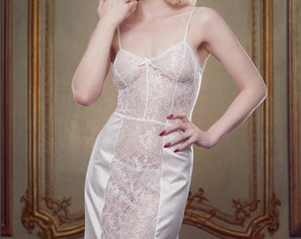 Wedding Dress Slip, Ivory Lace and Silk Satin Lingerie Slip Petticoat, inspired by Marilyn Monroe, Pin-up Girl, Retro, Vintage Style.