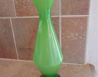 Pretty  green vintage  small glass  skirt shaped vase
