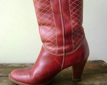 Leather 70s Cowboy Boots Vintage Womens High Heel Size 8 Mid Calf Western Riding Boot Hipster Boho Glam Shoes 1970s Stacked Wood Heels Hippy