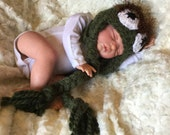 Crochet Oscar the grouch Hat, photography prop, crochet hat, 3 to 6 month