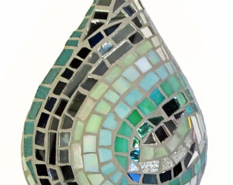 Green Stained Glass Mosaic Raindrop