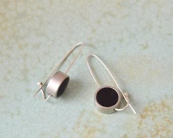 Long silver earrings, Black & silver earrings, Clay earrings, Hook earrings, Arc earrings, Geometric earrings, Circle earrings, Threaders