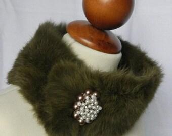 Hand Made Genuine Fur Collar & Jewel Brooch. Refined Elegance.