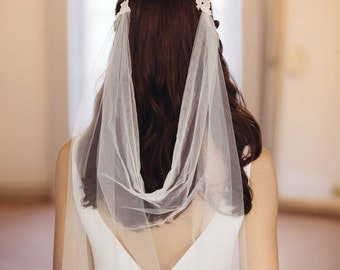 Agnetha Tulle and Lace Motif Long Veil